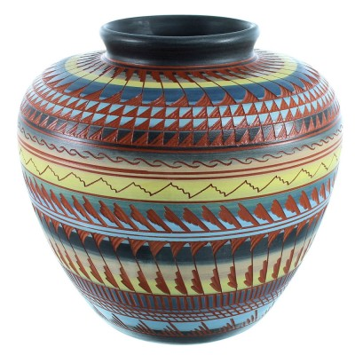 Native American Hand Crafted Pot By Artist Shyla Watchman SX111130