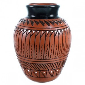 Hand Crafted Navajo Pot By Artist Shelly Watchman SX110365