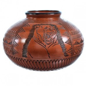 Hand Crafted Navajo Bear Pot By Shyla Watchman SX115404