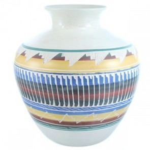 Navajo Hand Crafted  Pot By Artist V. King SX115397