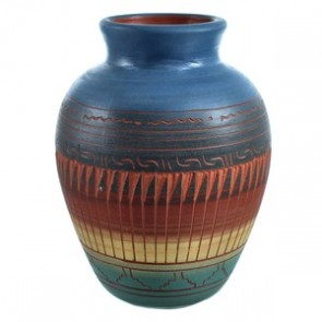 Hand Crafted Pot By Navajo Artist Marilyn Kinliche SX115452